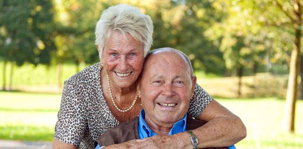 Mantelzorger zorgt voor herstellende partner