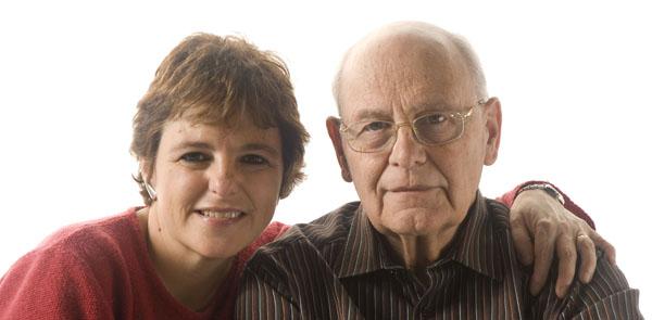 Mantelzorgster zorgt op afstand voor haar dementerende vader